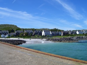 A first glimpse of the town on Iona
